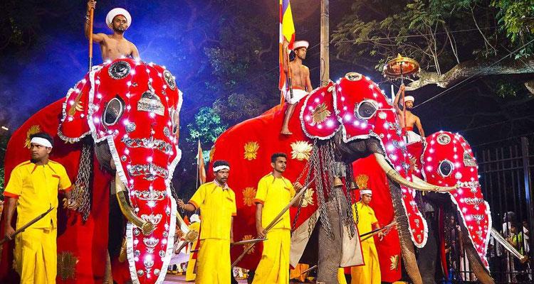 ペラヘラ祭り