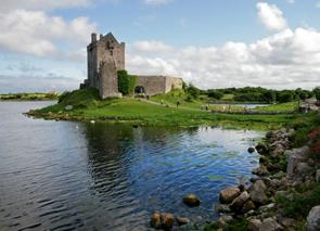 アイルランド ゴールウェイ 出発の観光・オプショナルツアーはこちらから。