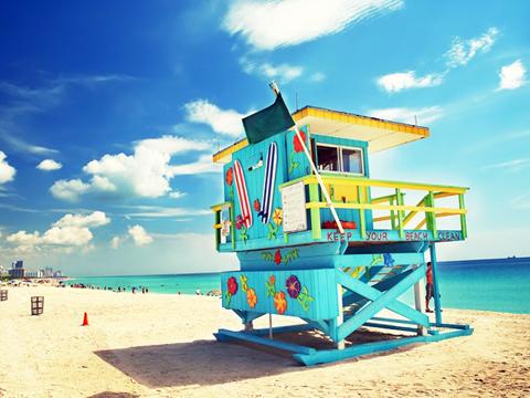 查看來自邁阿密的旅遊活動。